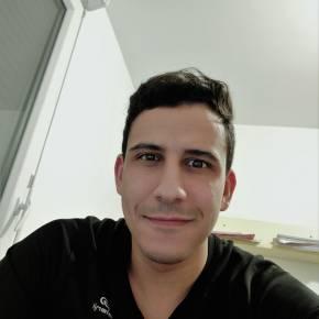 Clevermate soutien à domicile - professeur Ayoub donne cours particuliers de Mathématiques,Physique-Chimie