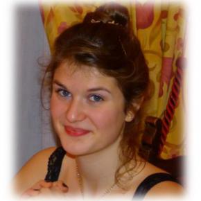 Clevermate soutien à domicile - professeur Eloïse donne cours particuliers de Mathématiques,Physique-Chimie,Français-Philosophie,Anglais,Espagnol