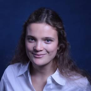 Clevermate soutien à domicile - professeur Aurélie donne cours particuliers de Mathématiques,Physique-Chimie,Préparation brevet,Préparation bac