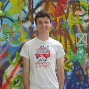 Clevermate soutien à domicile - professeur Hugo donne cours particuliers de Mathématiques,Physique-Chimie,Méthodologie,Aide aux devoirs