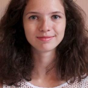 Clevermate soutien à domicile - professeur Clara donne cours particuliers de Français,Anglais,Espagnol,Économie