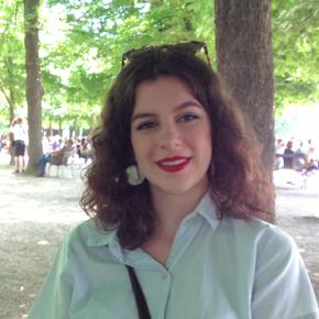 Clevermate soutien à domicile - professeur Louise donne cours particuliers de Mathématiques,Français-Philosophie,Histoire-Géographie,Préparation brevet,Préparation bac,Aide aux devoirs