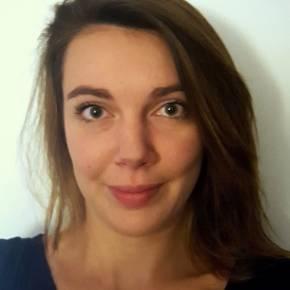 Clevermate soutien à domicile - professeur Adèle donne cours particuliers de Mathématiques,Physique-Chimie,Français,Préparation brevet,Préparation bac