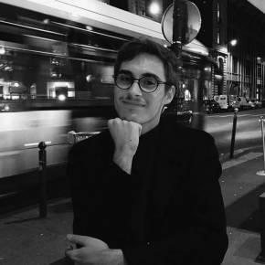 Clevermate soutien à domicile - professeur Antoine donne cours particuliers de Français-Philosophie,Économie,Histoire-Géographie,Sociologie,Sciences Politiques,Préparation bac,Géopolitique,Aide aux devoirs